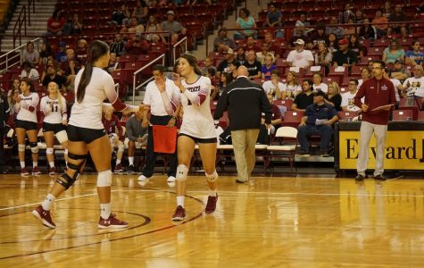 Volleyball Falls to #11 UCLA