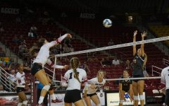 Volleyball sweeps rival UTEP