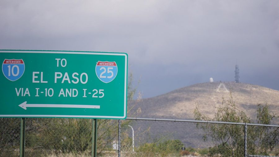 A+traffic+sign+with+directions+to+El+Paso+near+the+edge+of+the+campus.