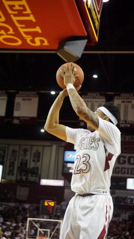 New Mexico State Men's Basketball Blows Out Colorado State
