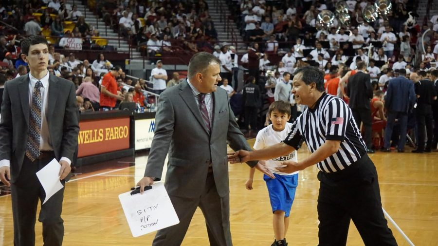 NMSU+Head+Coach+Chris+Jans+is+confident+his+team+will+play+well+under+pressure+of+NCAA+Tournament.+