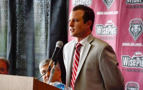 Students Have Mixed Feelings about Paul Weir's Return to Las Cruces