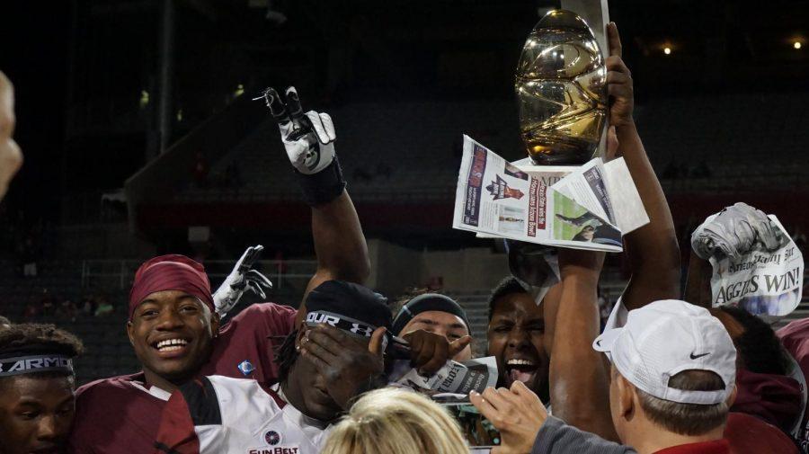 Aggies+celebrate+the+Arizona+Bowl+Victory.
