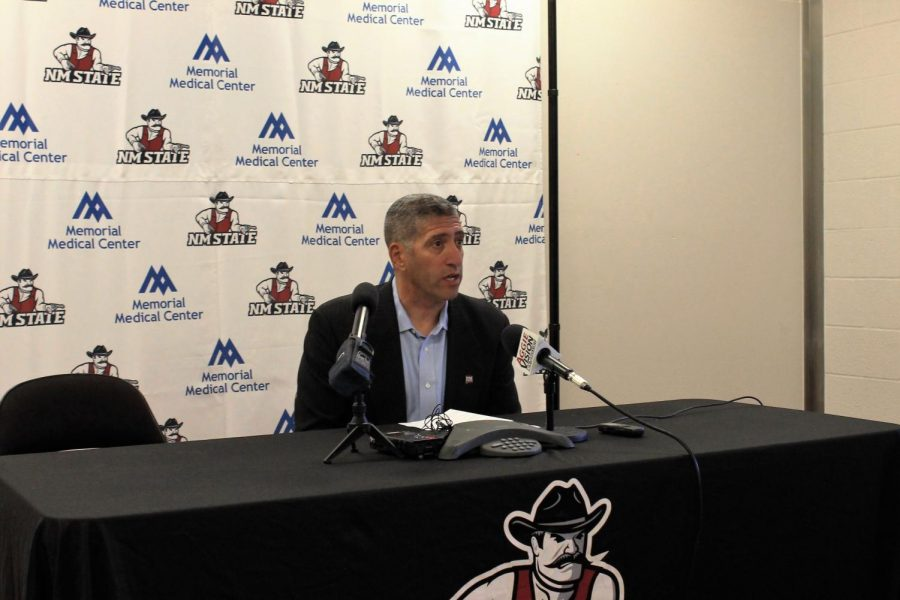 Director+of+Athletics+Mario+Moccia+has+signed+three+NMSU+program+head+coaches+to+new+deals+in+the+last+10+days.+