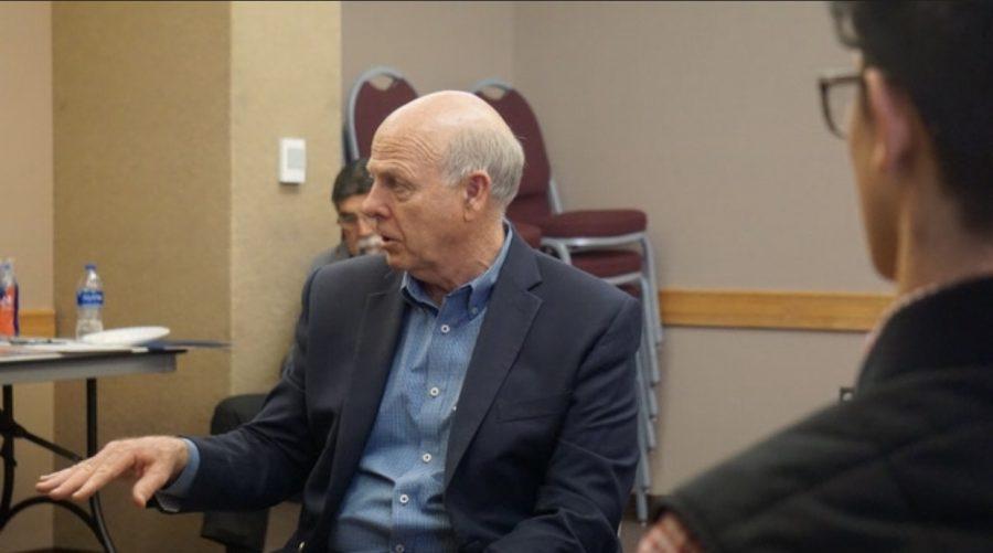 Congressman+Steve+Pearce+talks+to+NMSU+students