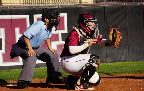 New Mexico State sweeps rivalry double-header behind hot hitting