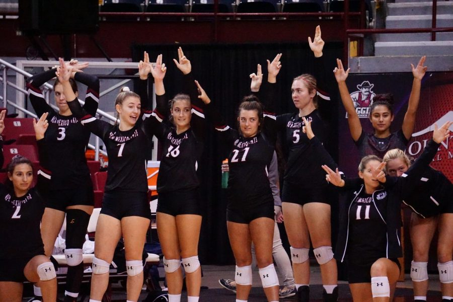 NM+State+volleyball+knocks+off+Arizona+for+first+time+since+1976