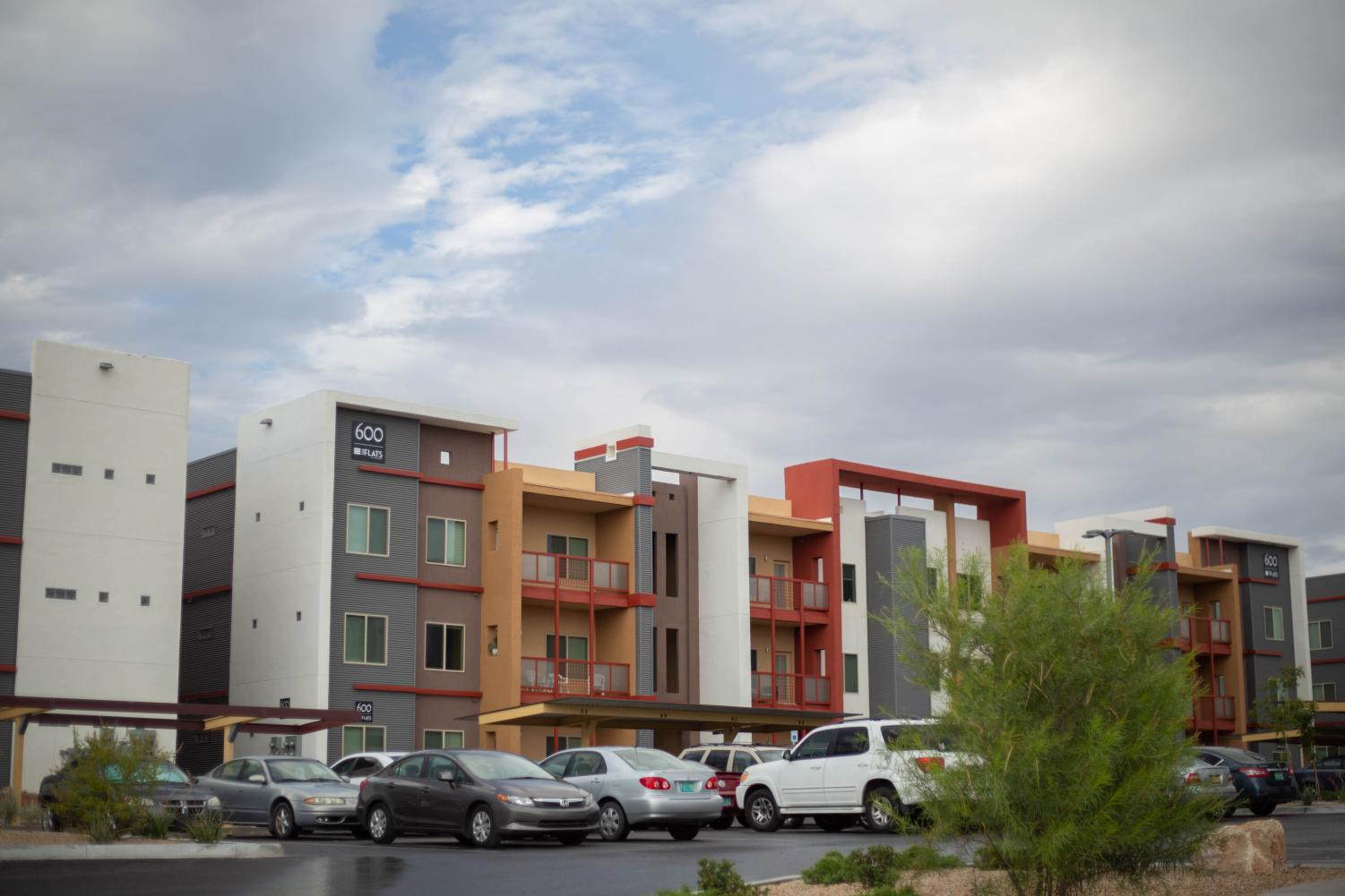 A new modern apartment complex located conveniently across from NMSU is attracting students to off-campus housing.