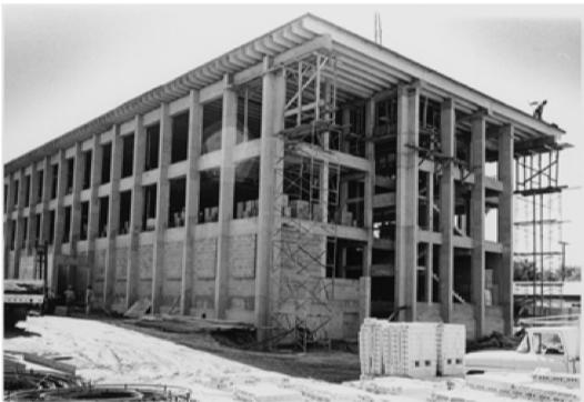 Construction+photo+taken+in+1972.+Photo+courtesy+of+University+Archives.