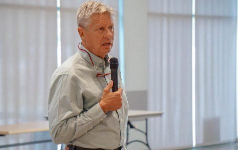 Gary Johnson visits NMSU