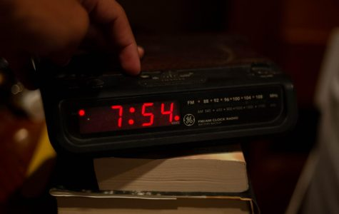 Time to turn back the clocks an hour: Daylight Savings Time set to end tonight