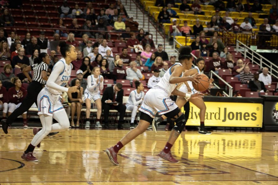 New Mexico State recovers from an early deficit to blow Seattle out by 20.