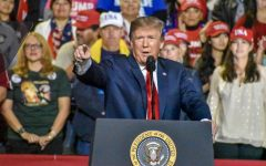 Trump holds rally in El Paso amidst Mexican border clash