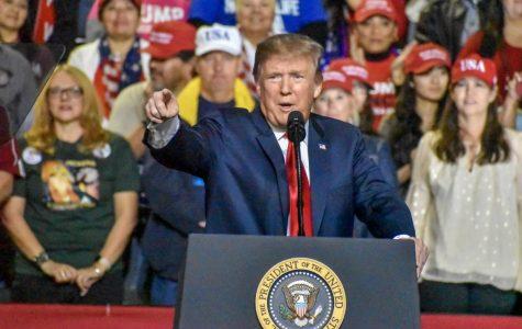 Trump holds rally in El Paso amidst Mexican border clash