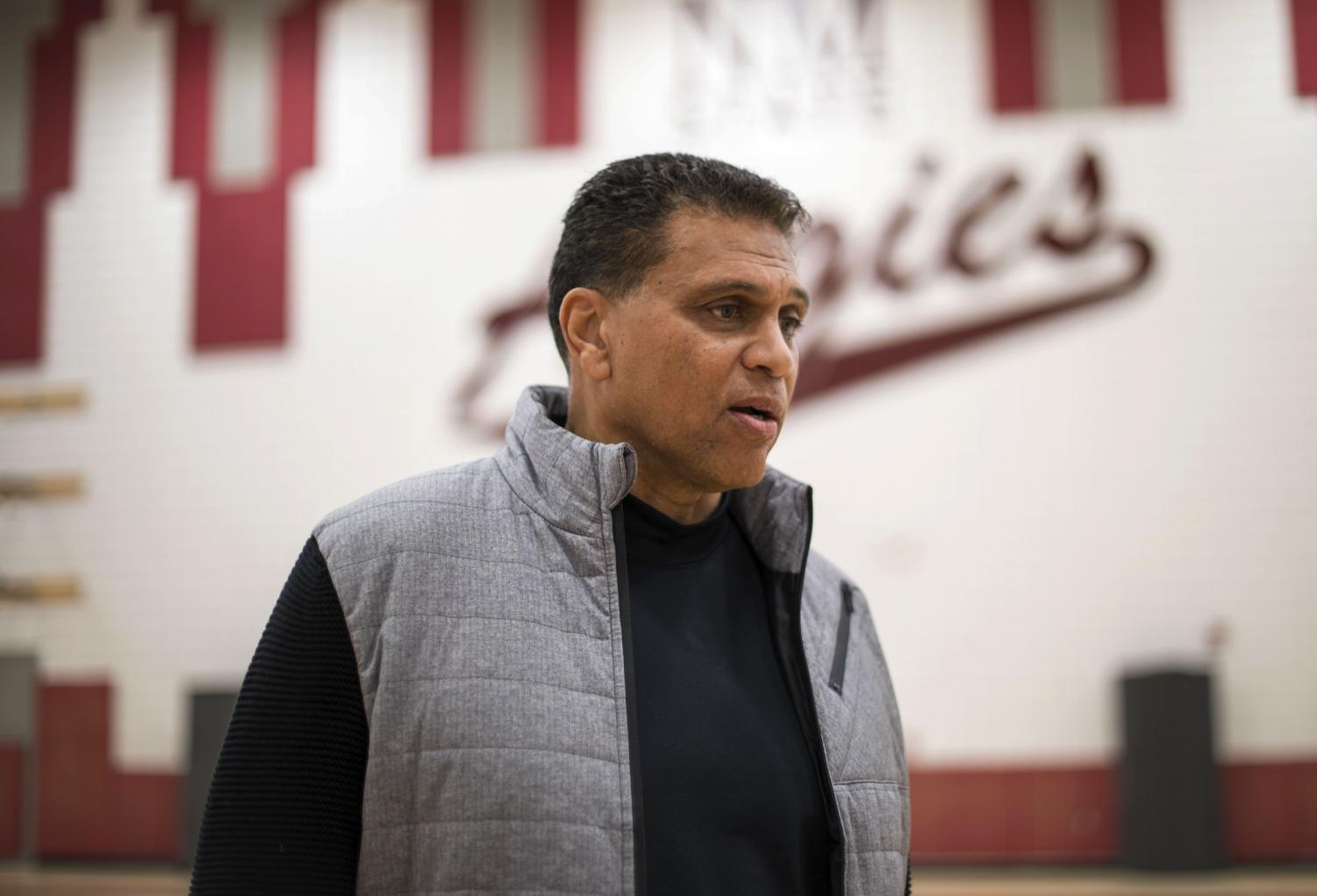 Reggie Theus returns for the first time since 2007 as the Aggies are set to host Chicago State Saturday afternoon at 3 p.m. Theus was 41-23 in his two seasons at NM State.
