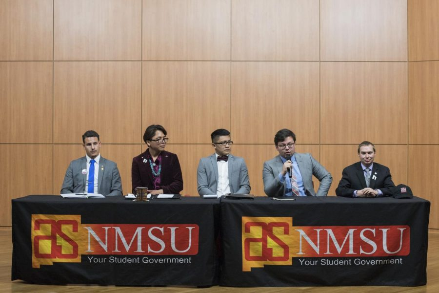 ASNMSU+presidential+candidates+debated+over+NMSU+issues+on+Wednesday.+