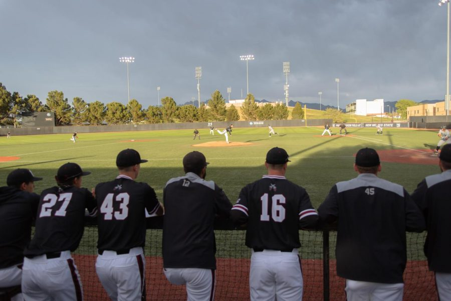 New Mexico State pulls within a half-game of top-of-the-conference Sacramento State after their 10-9 win over UNC Friday night.