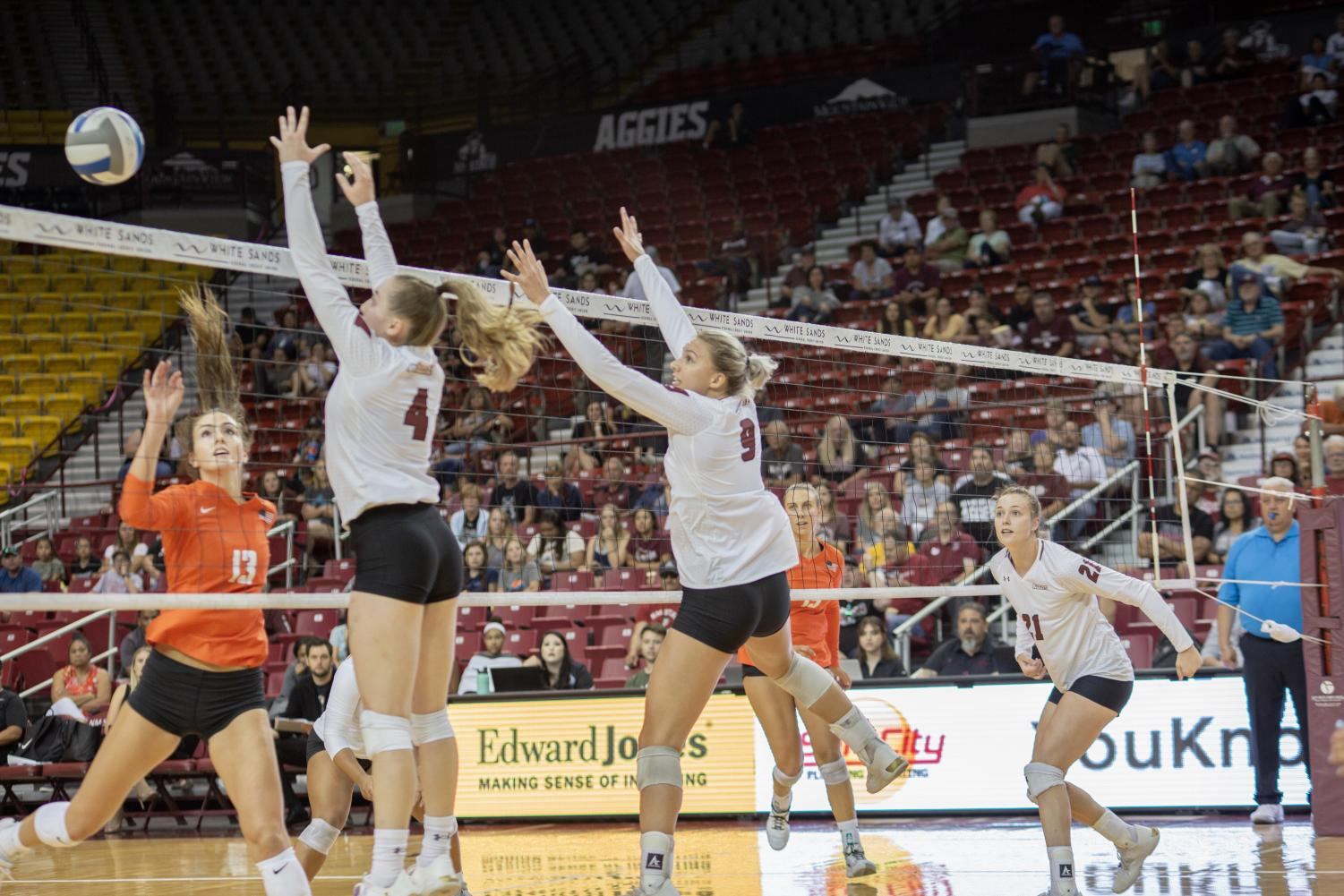 NM State sets a program record with 27 blocks in their straight-set win over Pacific.