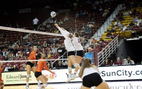 NM State volleyball rolls over CSUB for sixth straight victory