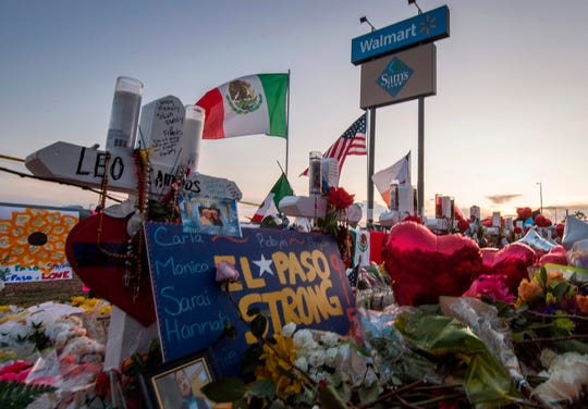 A memorial for the August 3 El Paso Shooting.  (Photo: Mark Ralston, AFP/Getty Images)