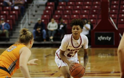 NM State women's basketball stumbles in crunch time against Miners