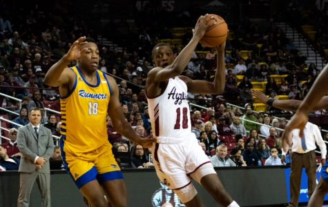 NM State overcomes bad shooting night to eek out gritty win over CSUB