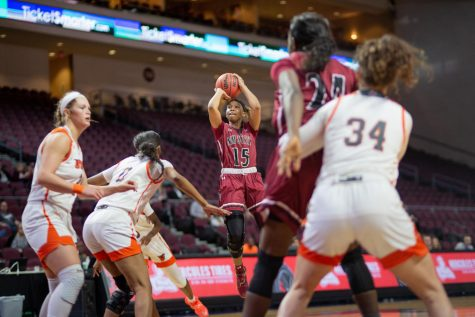 Rodrea Echols pulls up on the UTRGV defense to bury a mid-range jumper in NM State