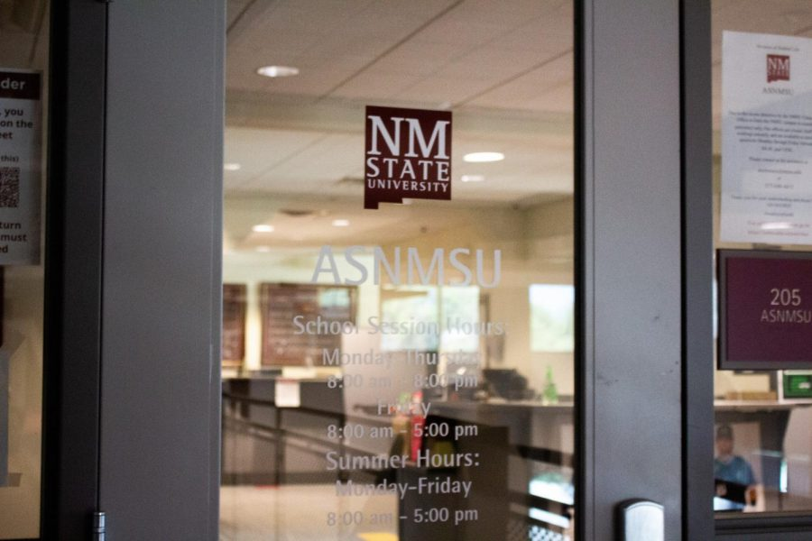 ASNMSU+continues+to+hold+virtual+senate+meetings.+