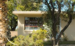 Students drop off donations at Aggie Cupboard for