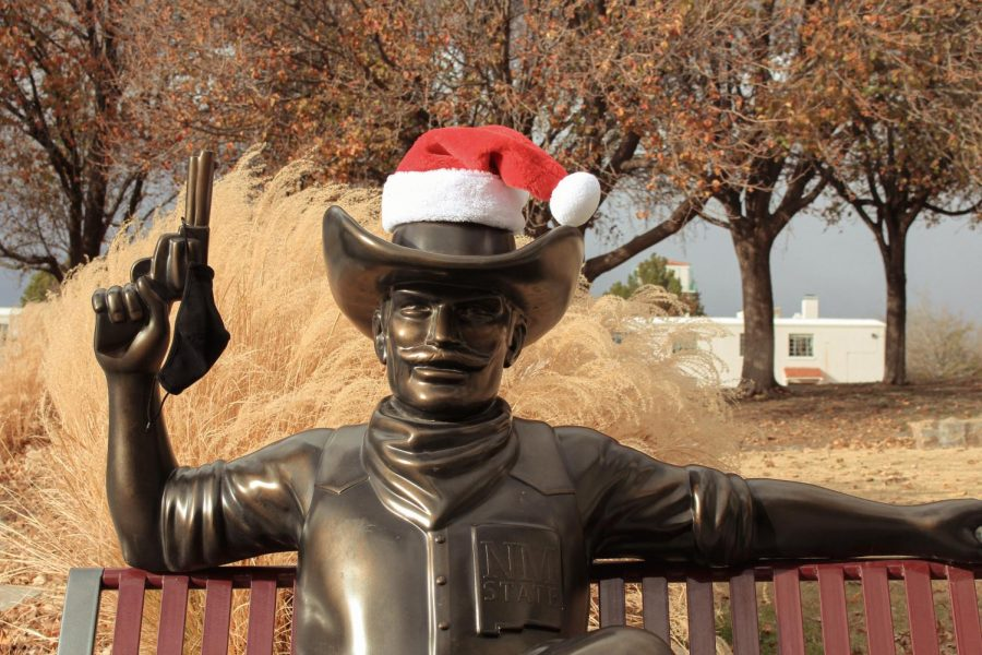Pistol Pete masked up for the holidays.