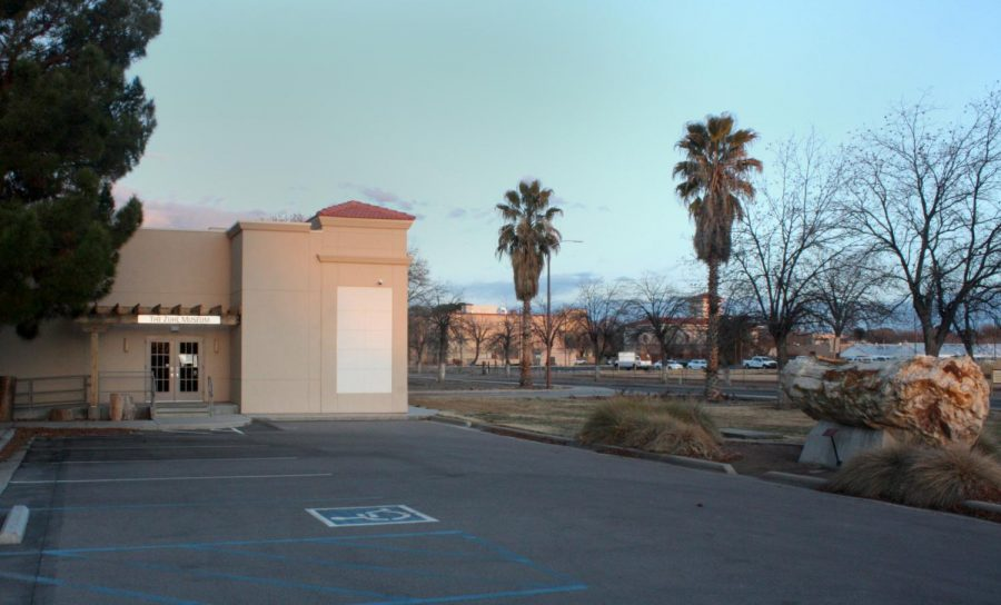The entrance to the Zuhl Museum on the NMSU campus.