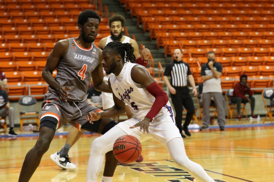 The+Aggies+get+above+.500+for+the+first+time+since+getting+swept+against+GCU+with+their+win+over+the+Vaqueros.+%28Photo+courtesy+of+New+Mexico+State+Athletics%29